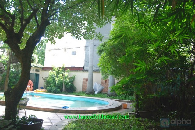 Ba Dinh villa with pool, big garden and 8 bedroom, furnished, quiet