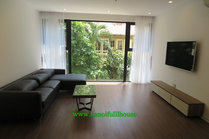 The apartment  with 2 bedrooms,2 bathrooms in Tay Ho 1300$