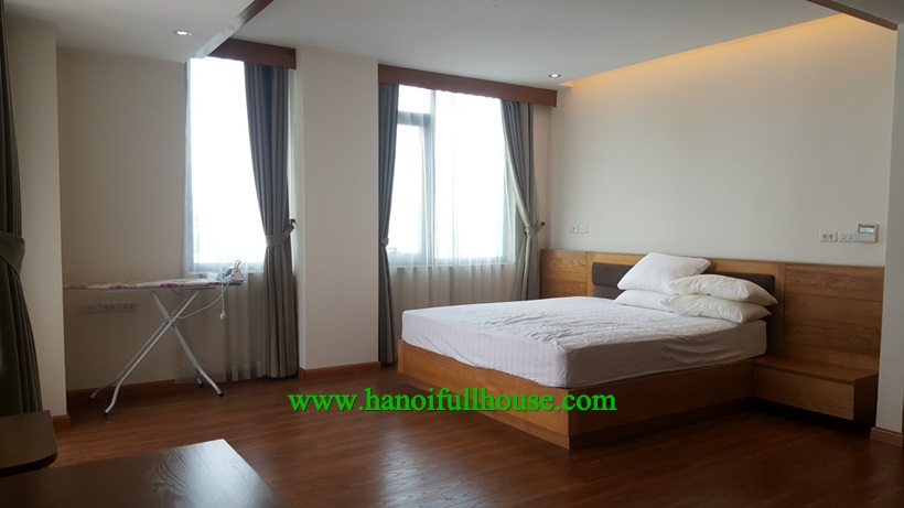 Big one bedroom apartment for rent on Doi Can street,Ba Dinh dist