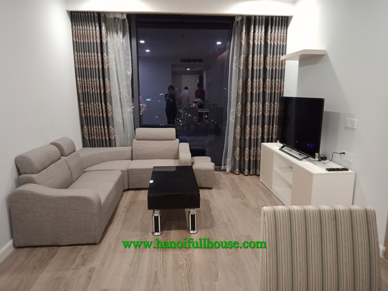 Lovely apartment on the high floor in Artemis Building - Number 3 Le Trong Tan street for rent.