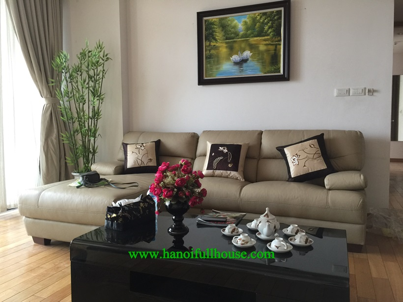 Luxury apartment for rent in Dolphin Plaza : 3 bedroom, full of light