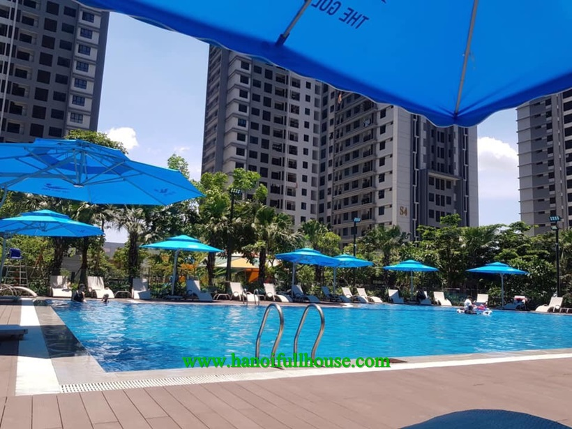 Modern 3 bedroom apartment for foreigners in Goldmark city 136 Ho Tung Mau