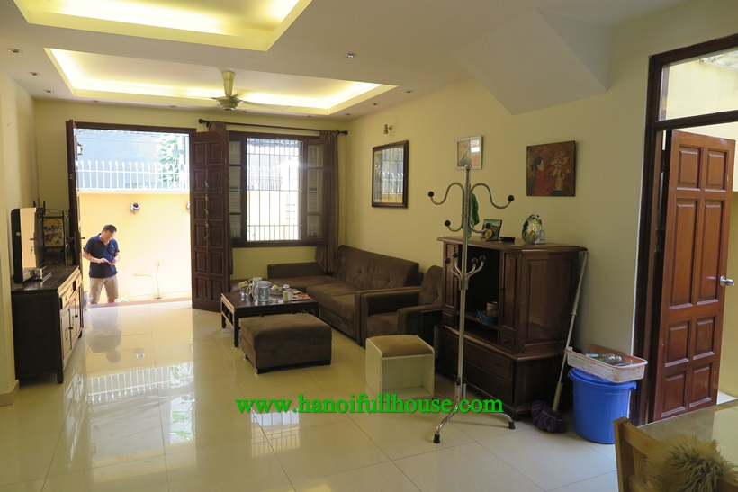 For rent 4 bedroom house,fully equipment,lot of light in Ba Dinh,Ha Noi