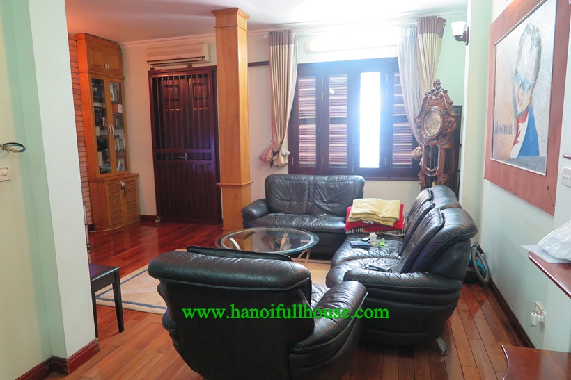 Nice house with 4 bedrooms ensuited bathroom for rent near French School Nui Truc