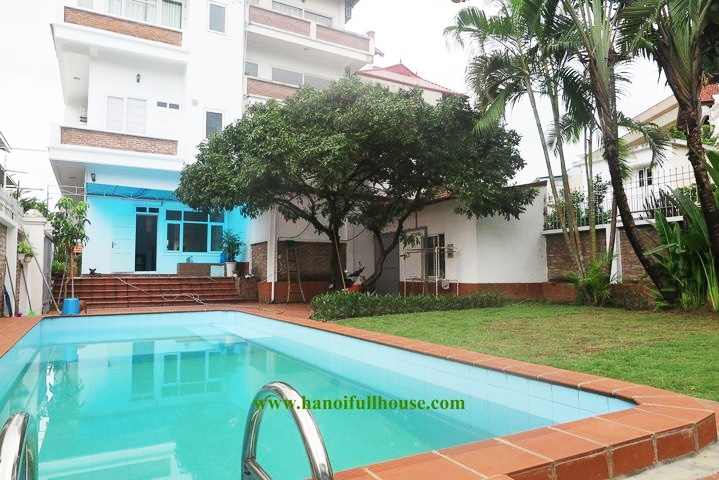Beautiful villa on Quang Ba lake for rent, swimming pool, big garden
