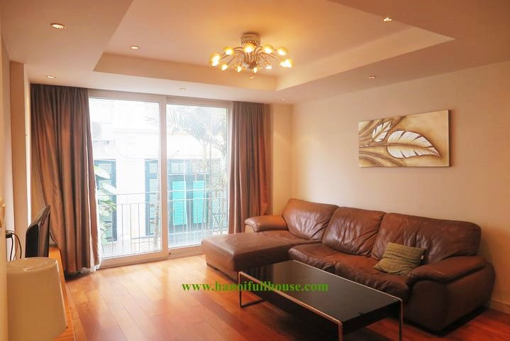 Cheapest apartment in Tay Ho dist,  2 bedroom, fully furnished, full of light
