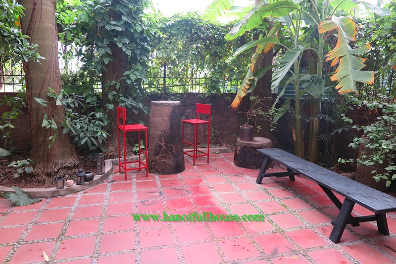 Three bedrooms, furnished house rental in Tay Ho, Ha Noi, Viet Nam