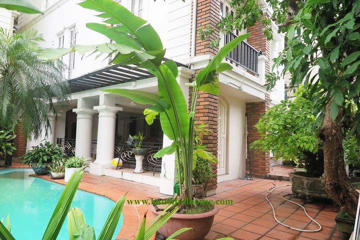 Garden villa with pool for rent, office in Tay Ho - Hanoi