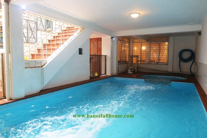 French pool villa with 5 beautiful bedrooms in Dang Thai Mai for rent