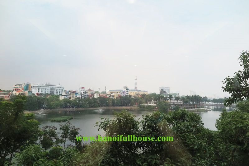 Duplex 2-bedroom apartment with nice view of Truc Bach lake for rent