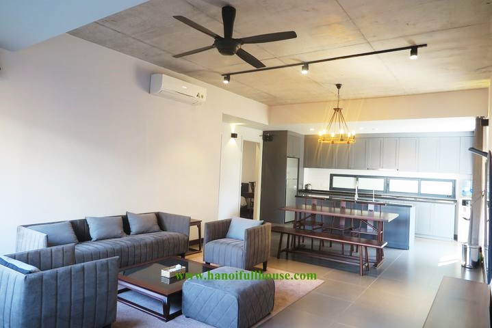 Nice, cozy, well-furnished 2-bedroom apartment for rent in Tu Hoa - Tay Ho street