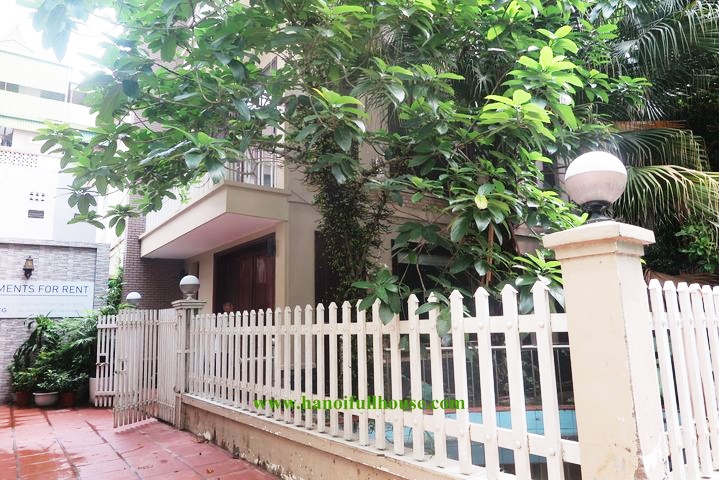 Beautiful garden house with 5 self-contained bedrooms for rent in Tay Ho