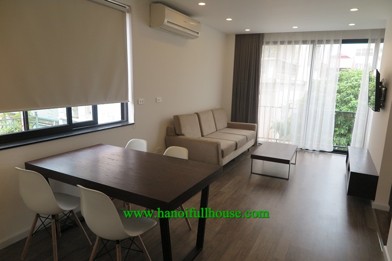 A beautiful apartment in Xuan Dieu street with nice balcony and luxury equipments for rent