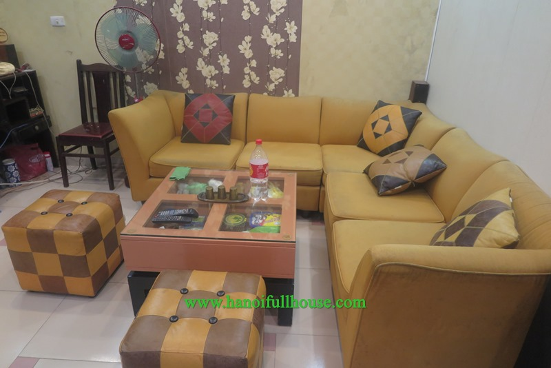 A large 4 bedroom house in Hoang Hoa Tham for rent
