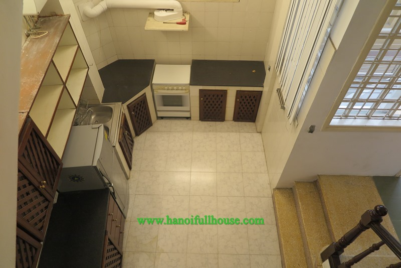 Good house with three bedroom, 4wc, furnished in Hanoi center for lease