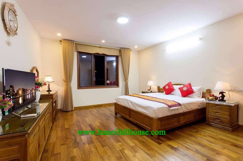 2 bedroom apartment for rent on Thuy Khue street, Tay Ho dist