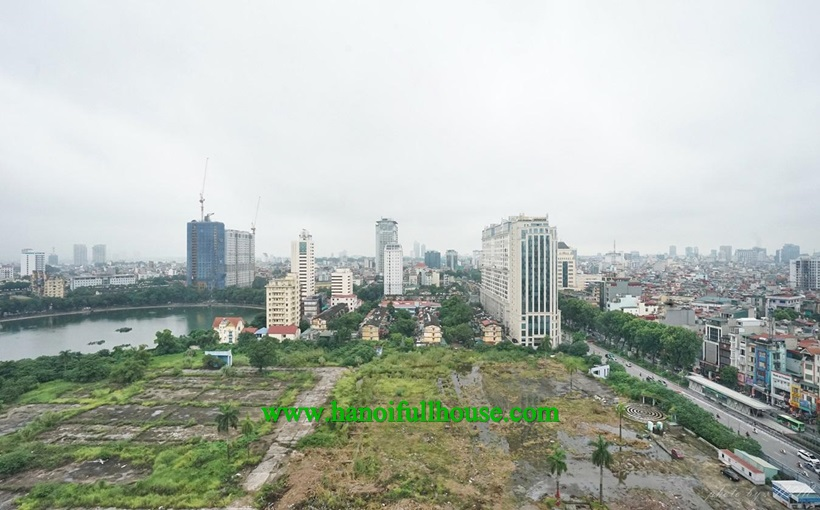 Nice apartment for rent in 172 Ngoc Khanh Building