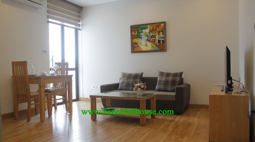 One bedroom apartment for rent near Pham Huy Thong lake
