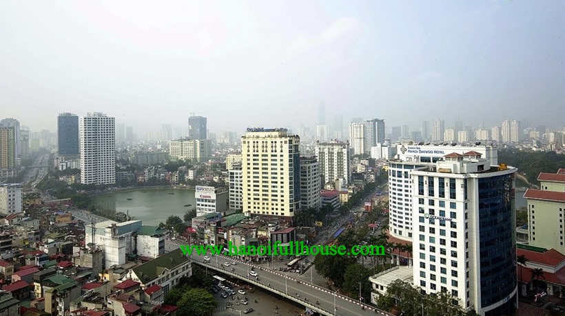Lake view one bedroom apartment for rent in M3-Metropolis Lieu Giai