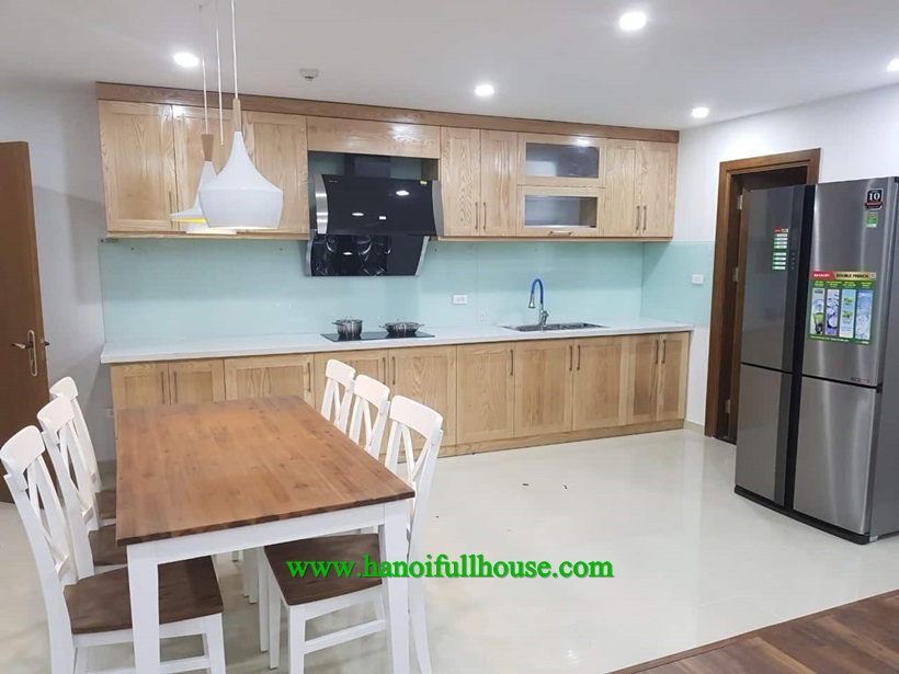 For rent nice apartment in Goldmark city Ho Tung Mau 160m2