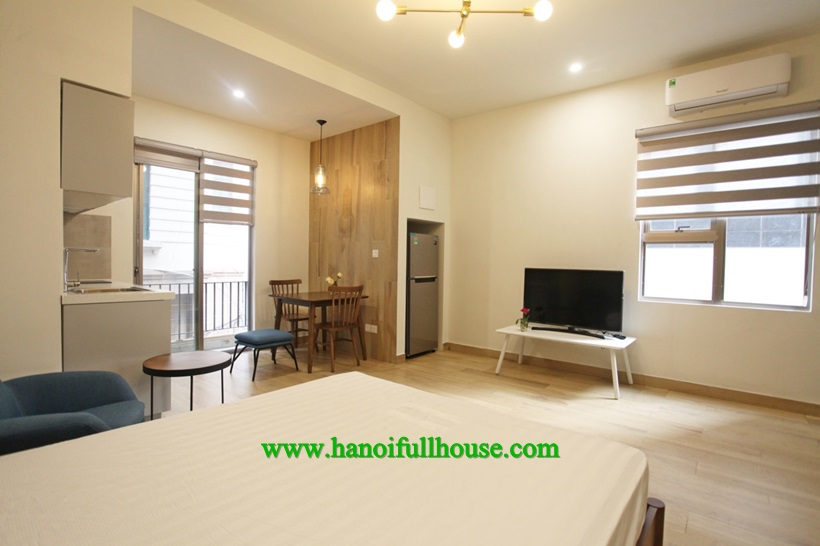 For rent 100% brand new apartment near La Thanh Hotel
