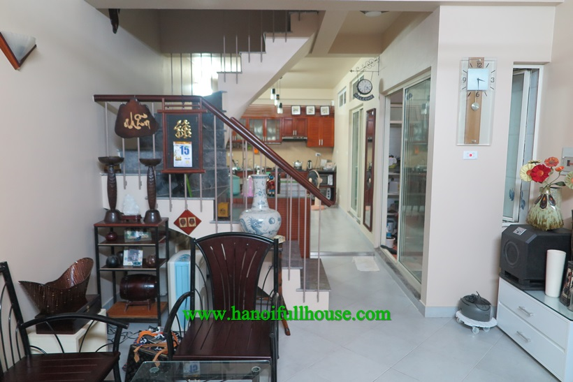 House for rent on Au Co, Tay Ho dist with 3 bedroom