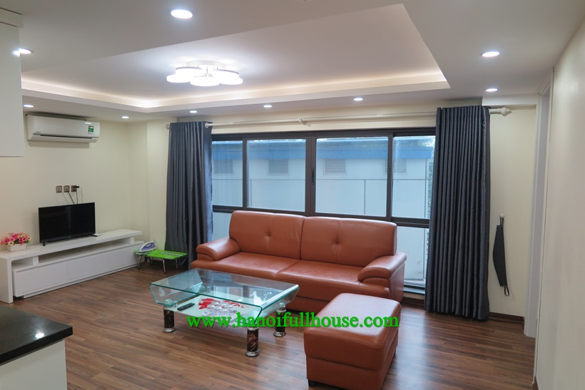 Brand new apartment with full service near Ngoc Khanh lake