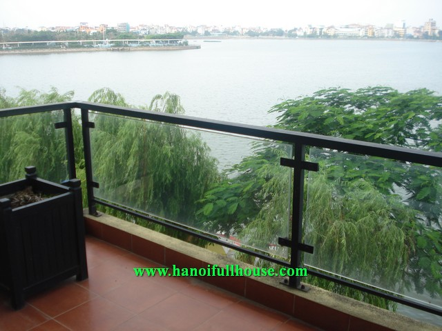 3 bedroom lake view serviced apartment in Lac Long Quan street, Tay Ho dist, Ha Noi