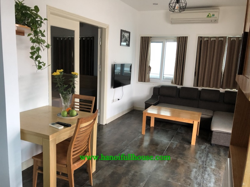 Serviced apartment with balcony,full of light for rent in Ha Noi center