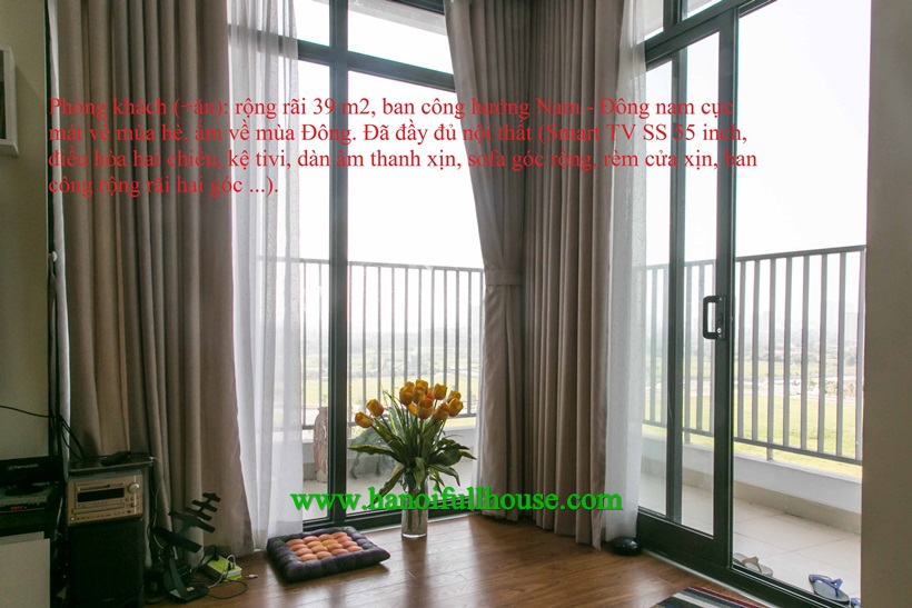 Wonderful apartment westlake view is available in Ngoai Giao Doan, Vo Chi Cong street