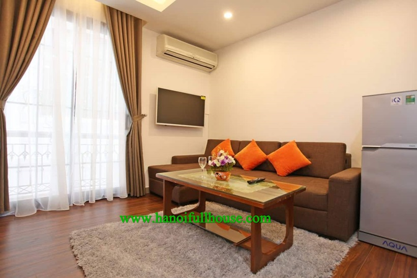 For rent one bedroom serviced apartment on Dao Tan, Ba Dinh dist