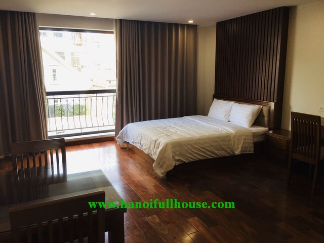Excellent one bedroom apartment for rent near Pham Huy Thong lake