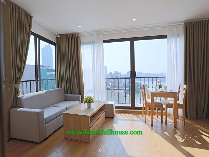 Lake view fully furnished apartment near Truc Bach Lake