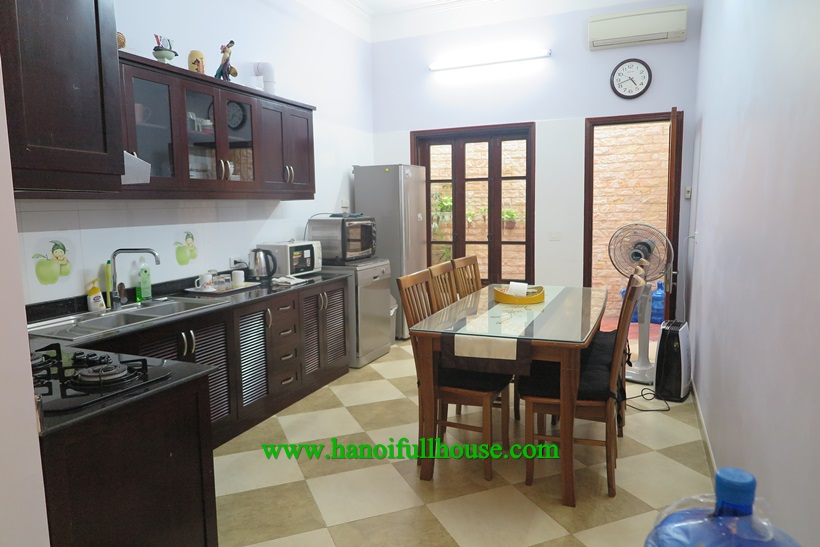 We are housing in Dong Da district. Five bedroom house in Dong Da  to rent