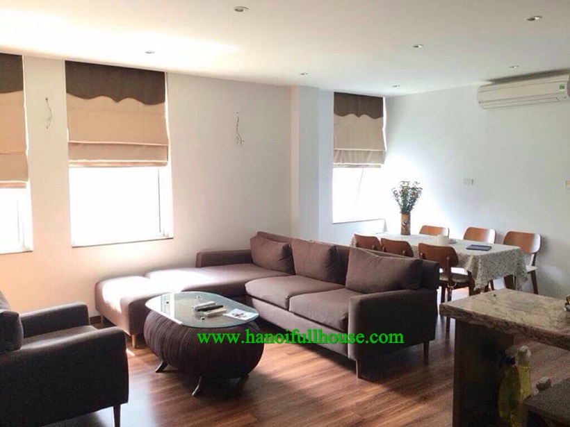 Full furnished apartment on high floor in 713 Lac Long Quan Building