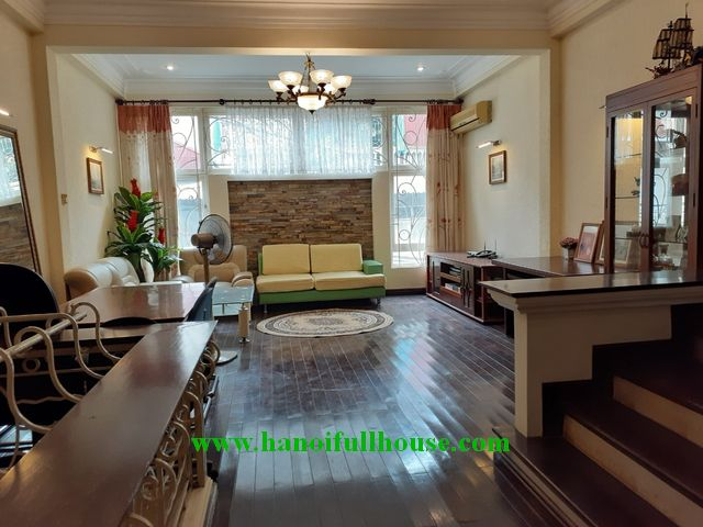 2 bedroom house with full furniture for rent in Dong Da center