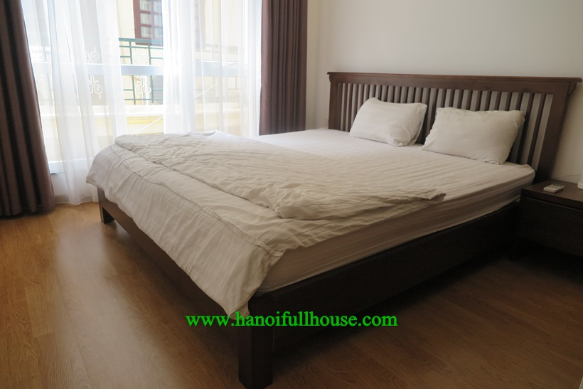 For rent 2 bedroom serviced apartment with big balcony in Xuan Dieu, Tay Ho