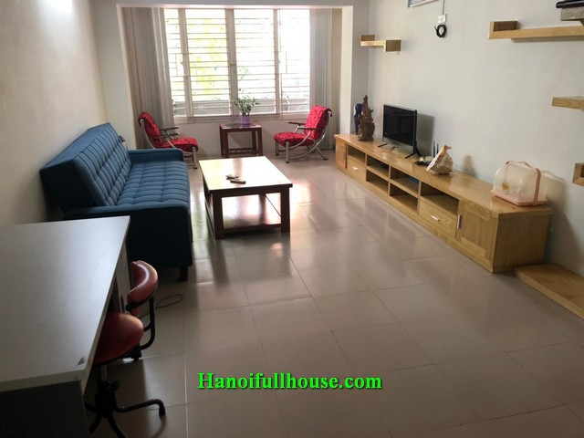 Good apartment with a mezzanine in Hai Ba Trung for rent, $500/month