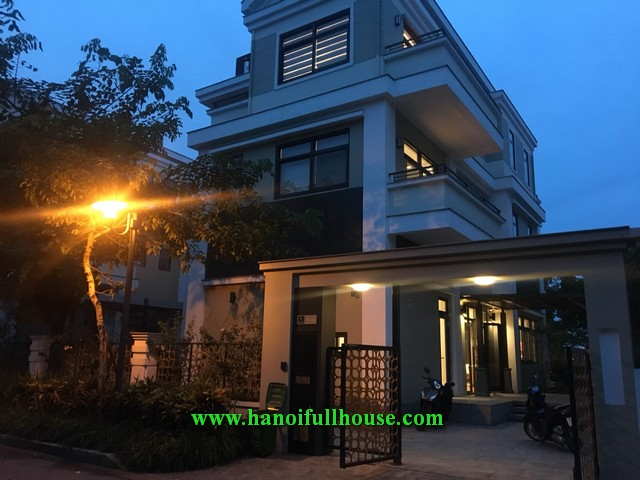 Super wonderful villa in STARLAKE urban for rent.