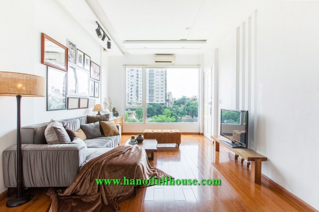 Super nice apartment with Truc Bach lake view for rent.