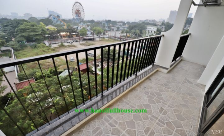 Lake view apartment on Trinh Cong Son street, 1 bedroom, big balcony